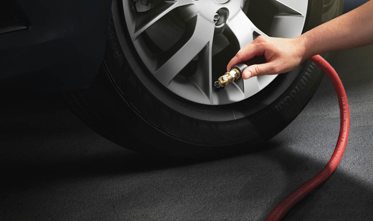 maintenance car tips before traveling best rental car in phuket. Black Bedroom Furniture Sets. Home Design Ideas