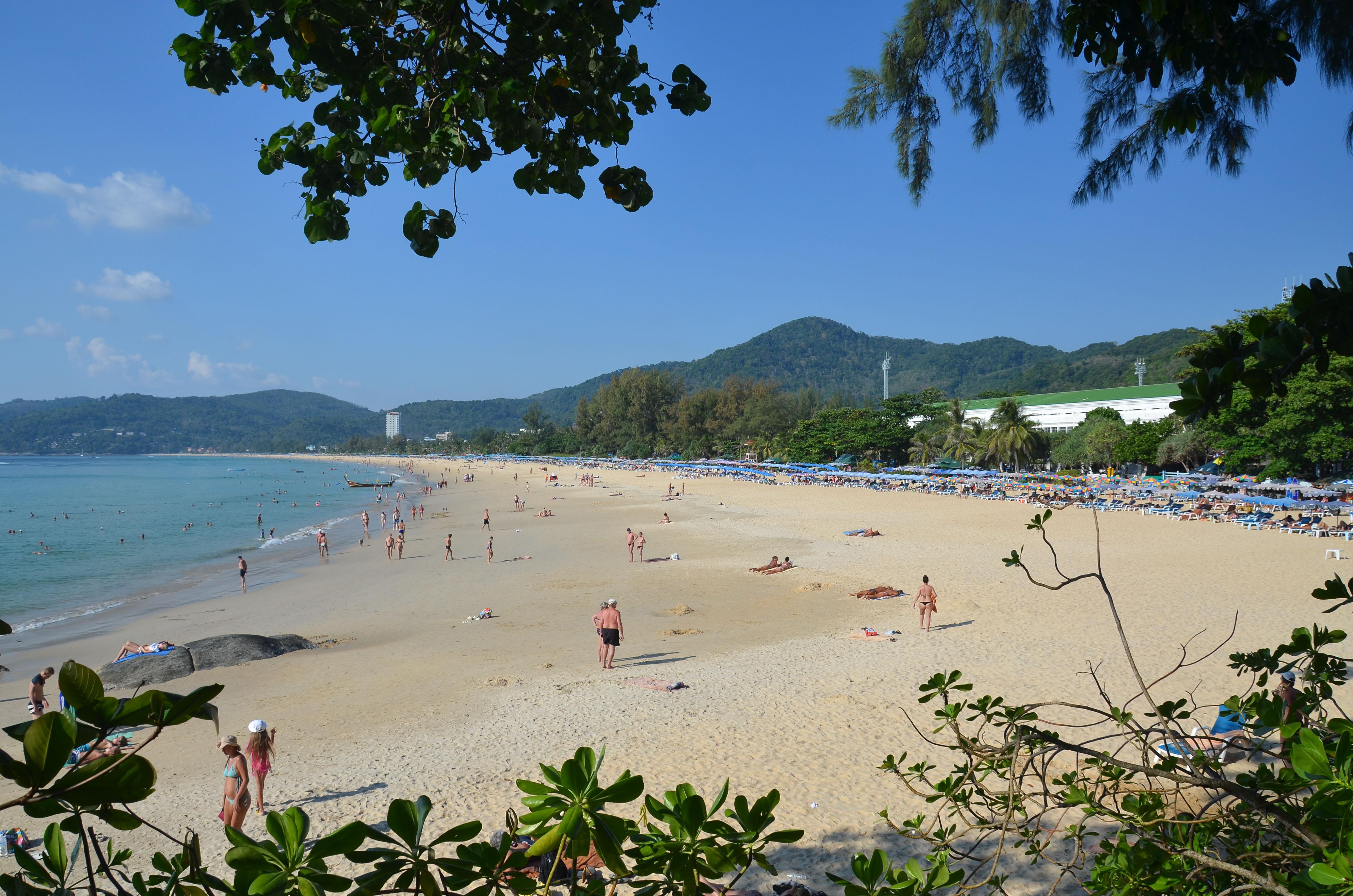 Driving rental car travel around Phuket - Karon Beach
